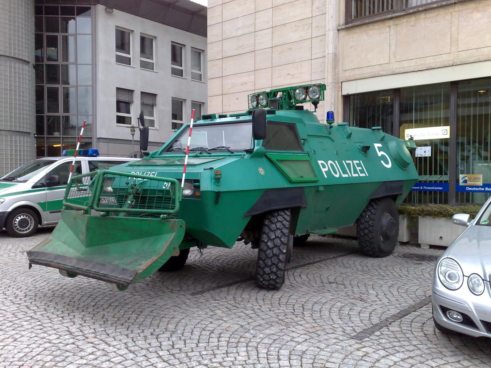 Белград: Бомбандировките на НАТО през 1999 са нелегални